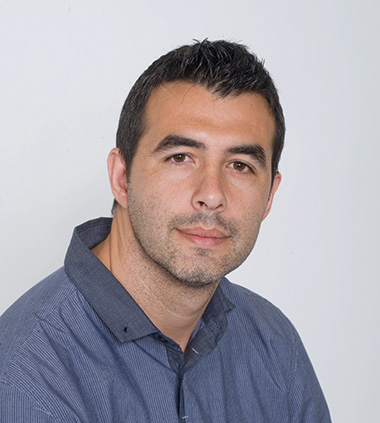 ICREA Prof Daniel Maspoch, leader of the ICN2 Supramolecular NanoChemistry and Materials Group